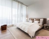 tyul-v-spalnyu-dizajn-spalni-shtory-dlya-spalni-046