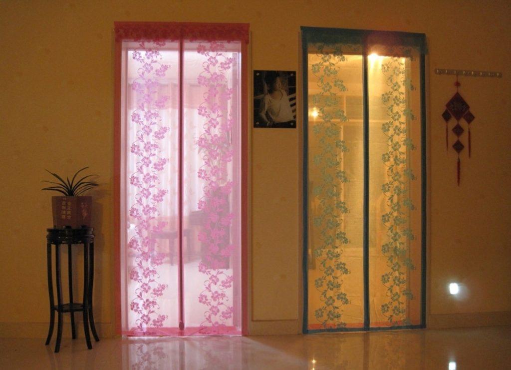 антимоскитные шторки на магнитах на дверь