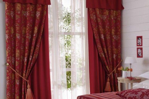 шторы бордового цвета
