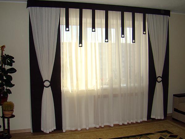 фото черно-белых штор в интерьере