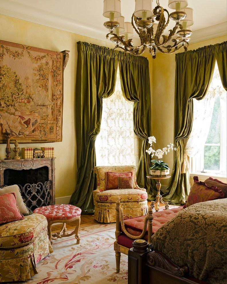 итальянские портьеры оливкового цвета в гостиной
