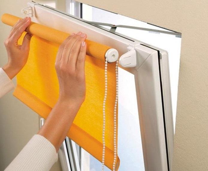 конструкция и установка рулонной шторы на окно