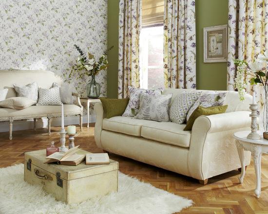 дизайн штор ву стиле прованс в интерьере гостиной комнаты