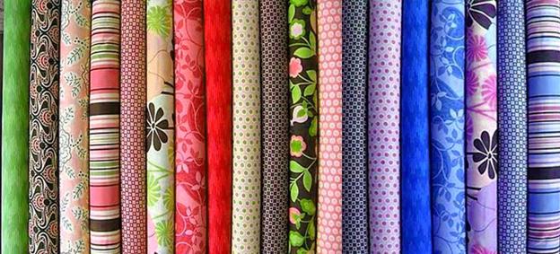 Многообразие цветов хлопковой ткани