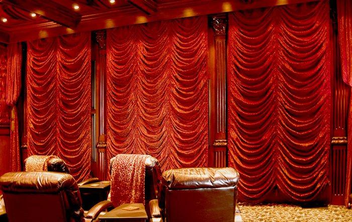 богатый и роскошный дизайн французских штор