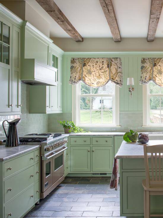 прованские шторы в интерьере кухни