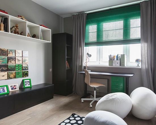 зеленые римские шторы в детской комнате