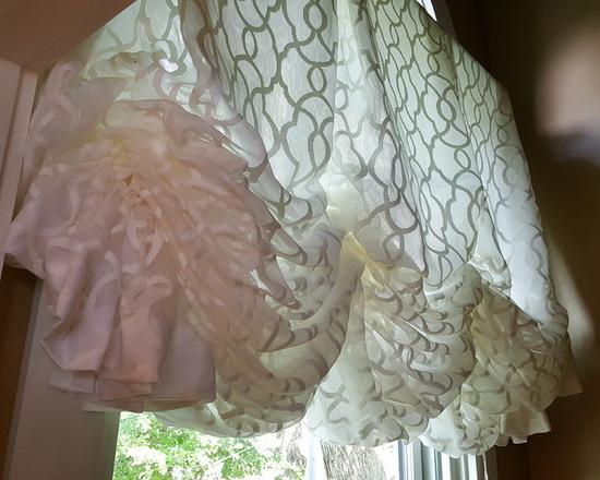 автрийские шторы из тонкой ткани
