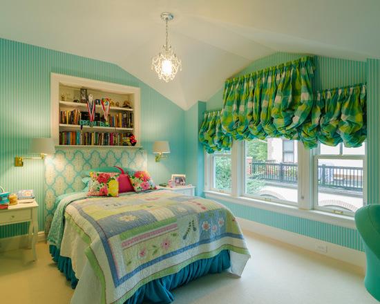 зеленые австрийские шторы в детской комнате