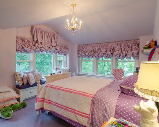 австрийские шторы в комнате для девочки