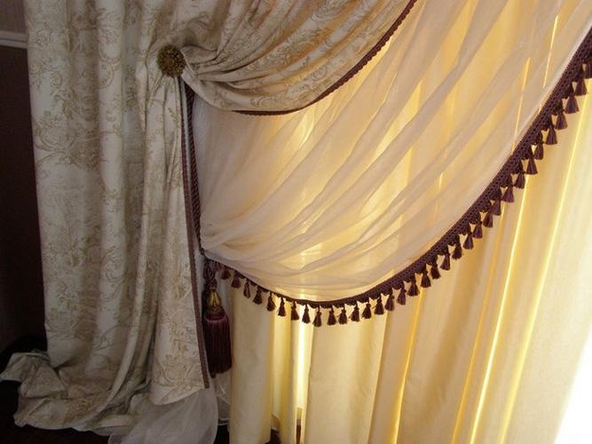 комплект штора и гардина с бахромой