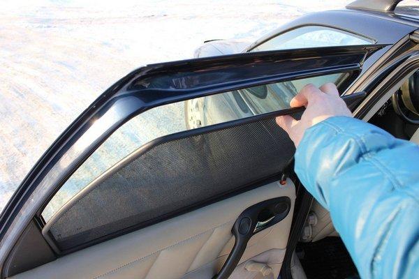 фото каркасных штор для автомобиля