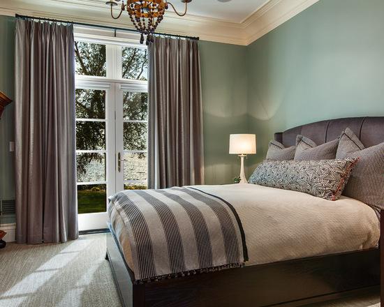 фото классических портьер в спальне