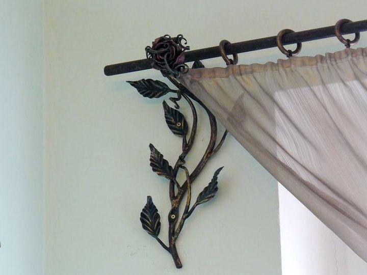 шторы на кованом карнизе