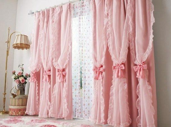 шторы розового цвета