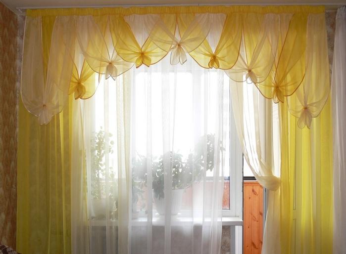 фото занавесок с ламбрекенами из ткани вуаль