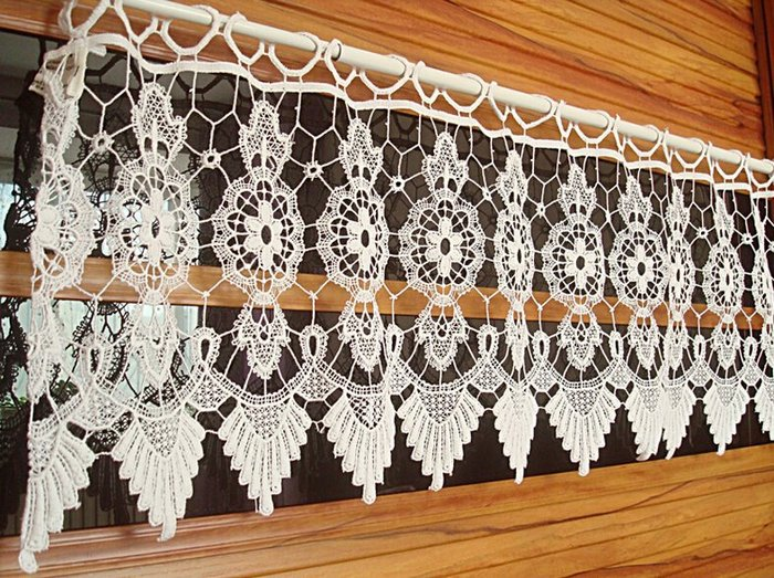 фото коротких вязаных штор