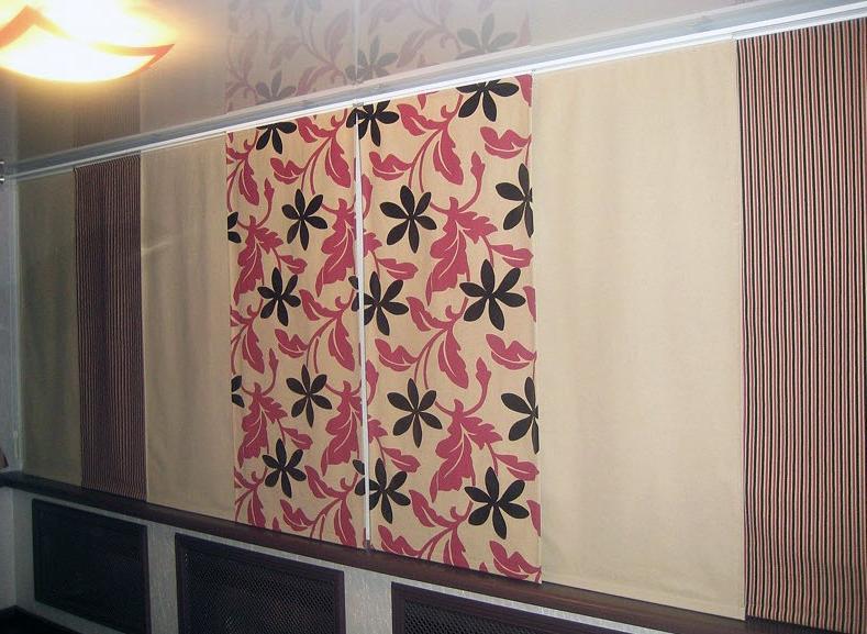 фото японских штор на балконе