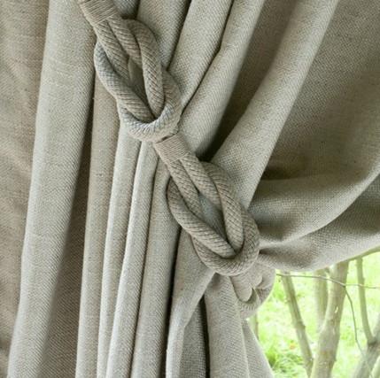 плетеный из шнура подхват для шторы