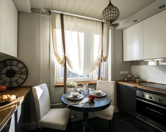 гардина для кухни в виде австрийской шторы