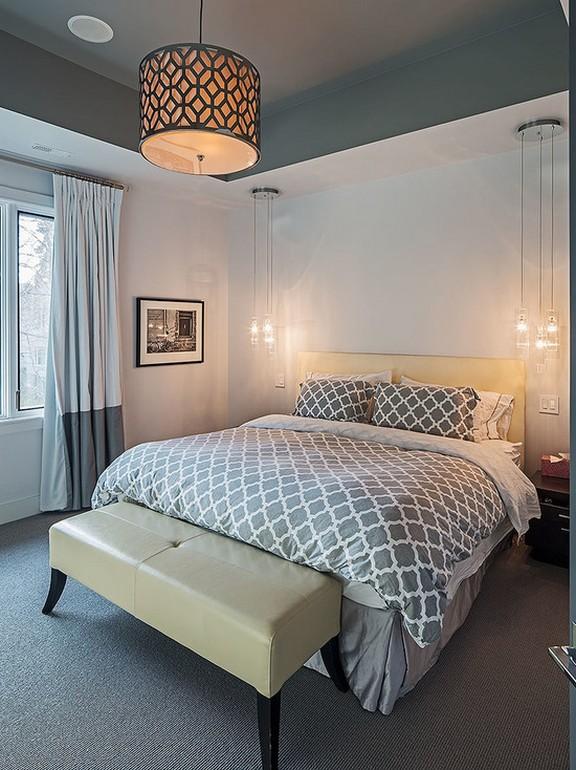 двухцветные шторы в спальной комнате