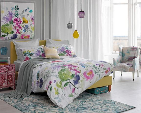 белый тюль в современной спальне