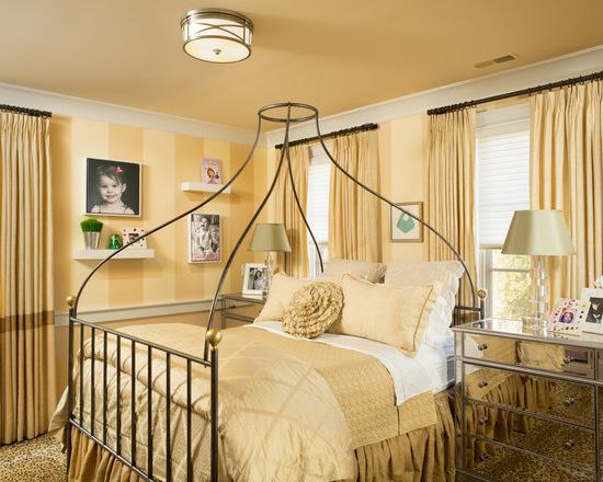 фото желтых штор в спальне