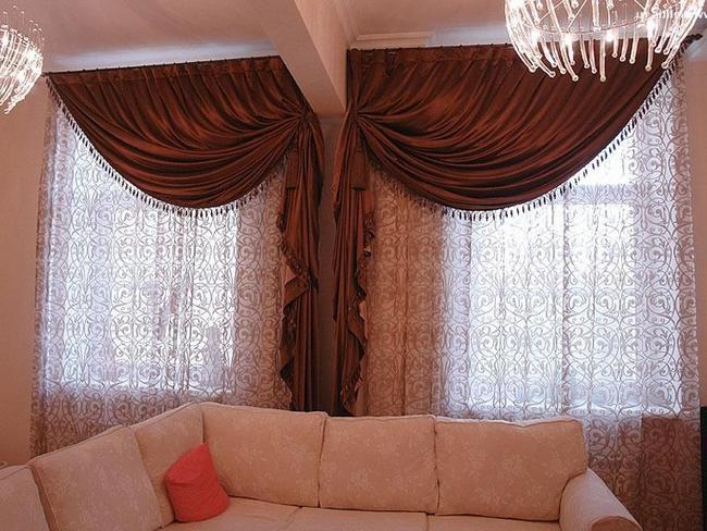 шторы для гостиной на два окна