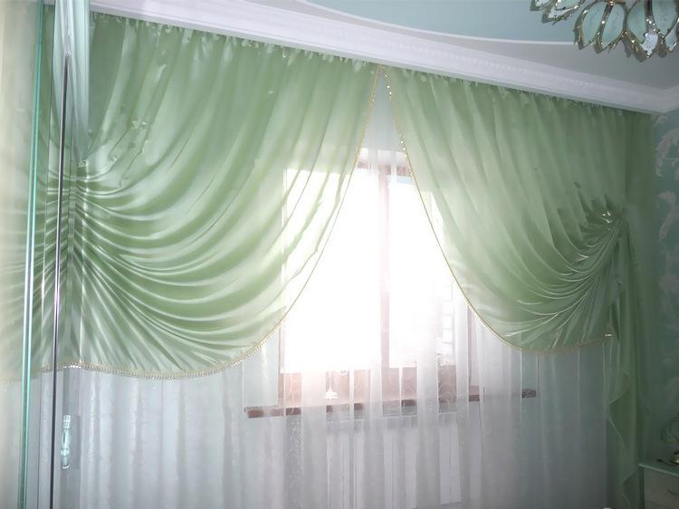 тюль в спальне из органзы