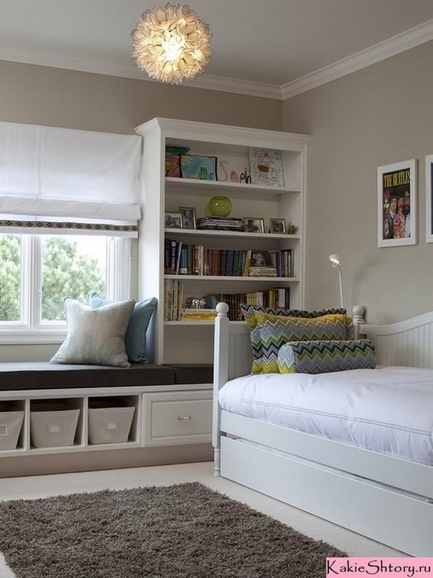 белые римские шторы в детской комнате