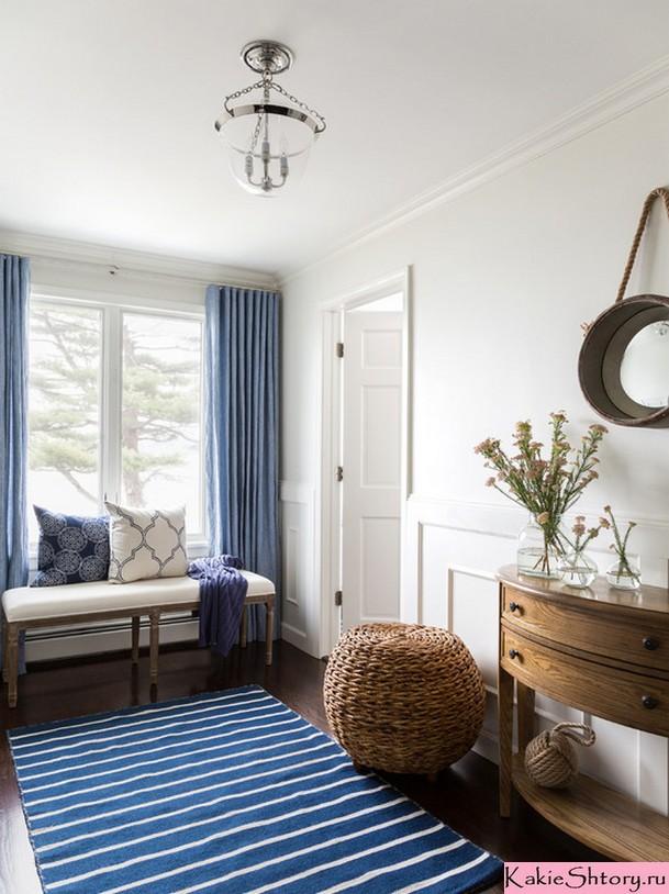 шторы синего цвета для маленькой комнаты