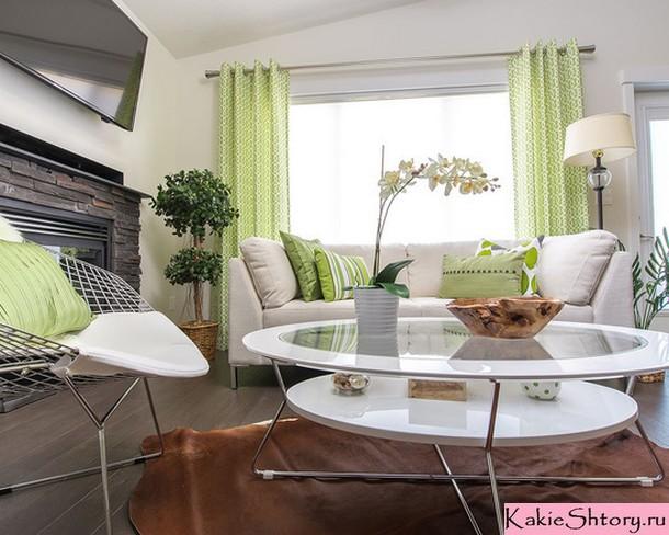 светло-салатовые занавески в гостиной