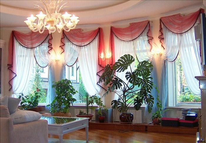 шторы для эркерных окон в зимнем саду