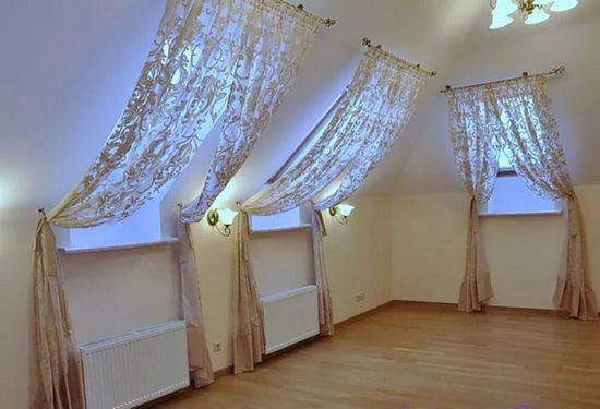 шторы для окон на мансарде