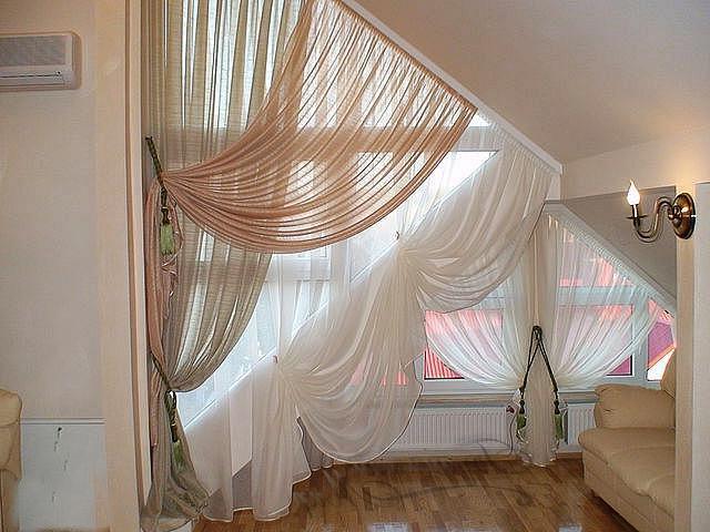 шторы для окон нестандартной формы на мансарде