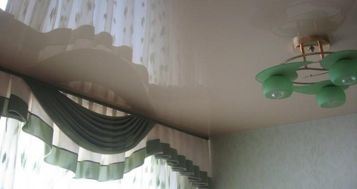 скрытый карниз для гардин для нятяжного потолка