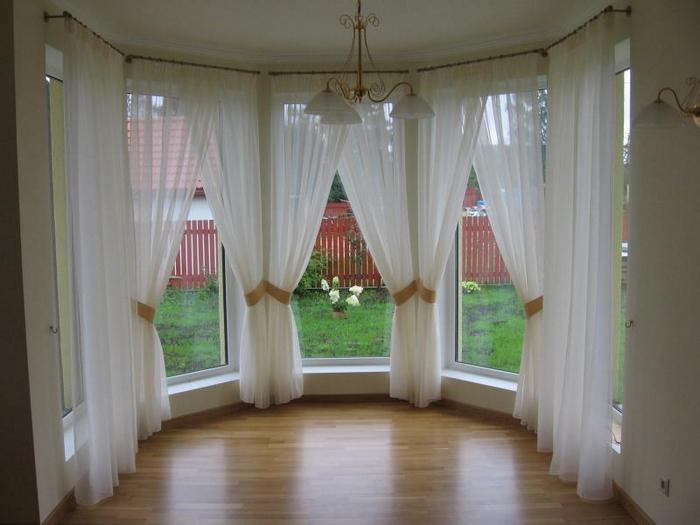 тюль для эркерного окна