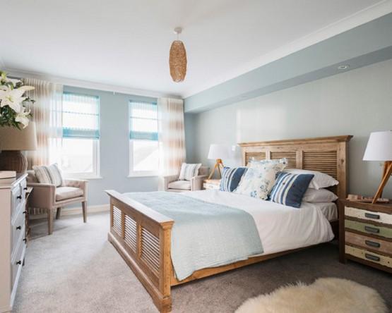 морские шторы в спальне