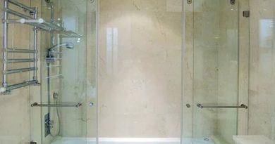 раздвижная стеклянная штора для ванной и душа