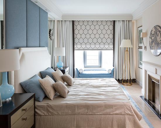 римская штора с обычными шторами в спальне