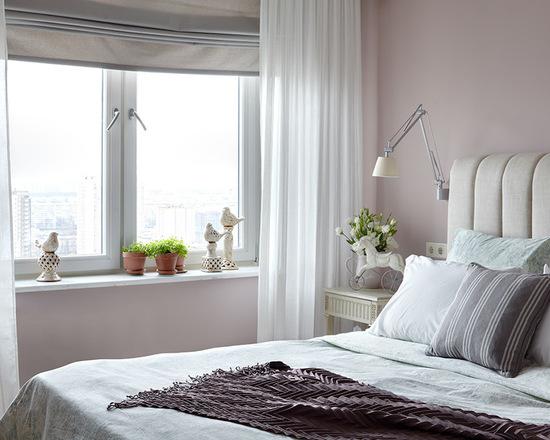 фото сочетания римской шторы с тюлем в спальне
