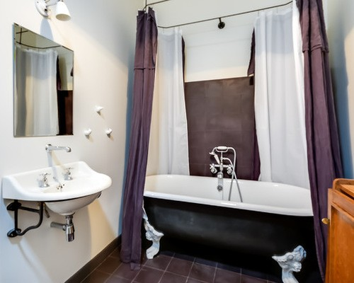 двойные шторы в ванной комнате