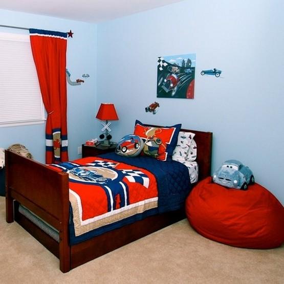 красные шторы для комнаты мальчика