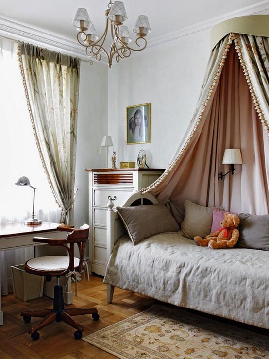 полог в спальне