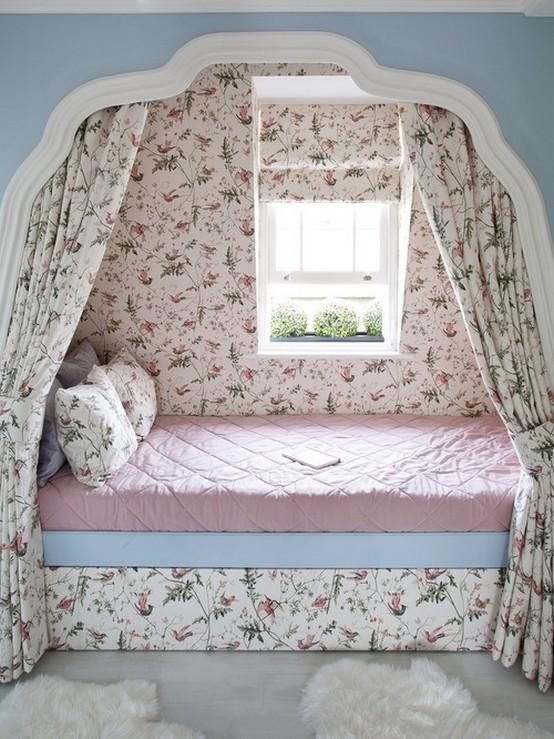 карниз-полог над кроватью в детской