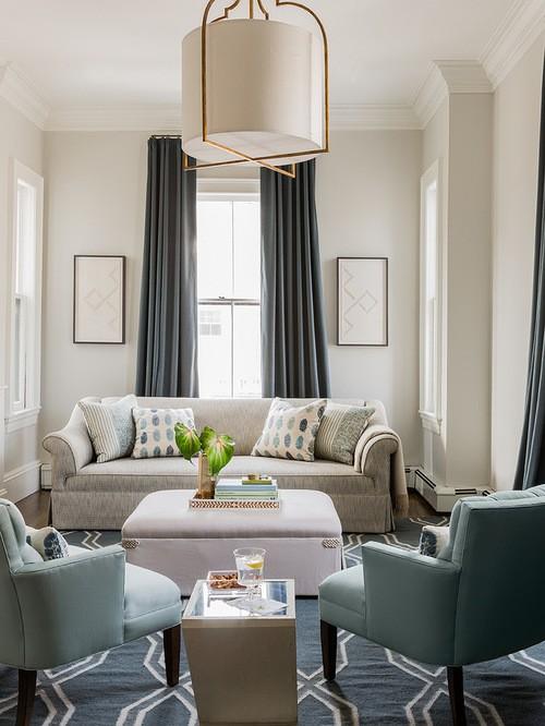 портьеры одного цвета с диваном