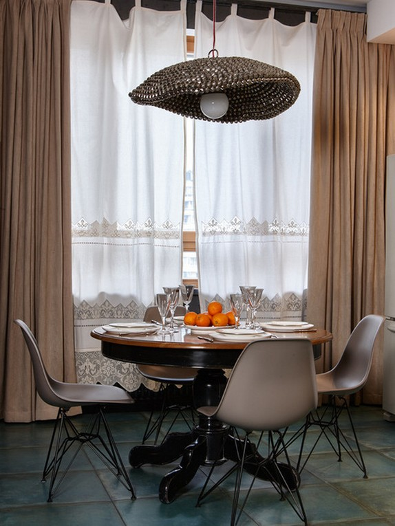льняные занавески в столовой в стиле арт деко