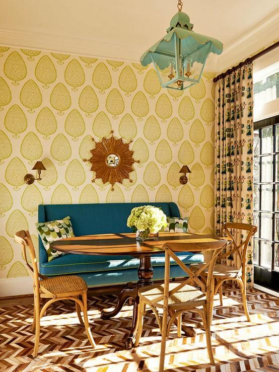 шторы под желтые обои в гостиной арт-деко