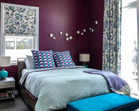 сочетание бирюзового цвета в дизайне штор к фиолетовым стенам
