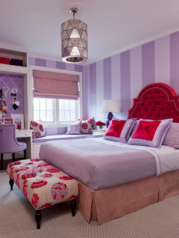 розовые шторы к фиолетовым обоям в детской